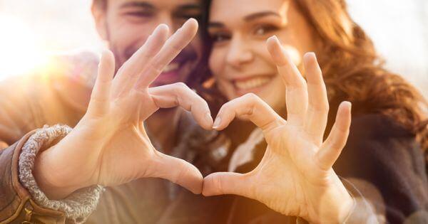 آیا عشق مسکنی خوب برای التیام دردهای جسمی است؟