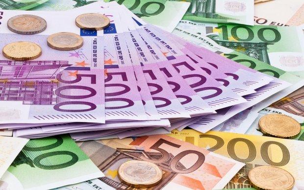 دلار ثابت ماند/یورو و پوند گران شد