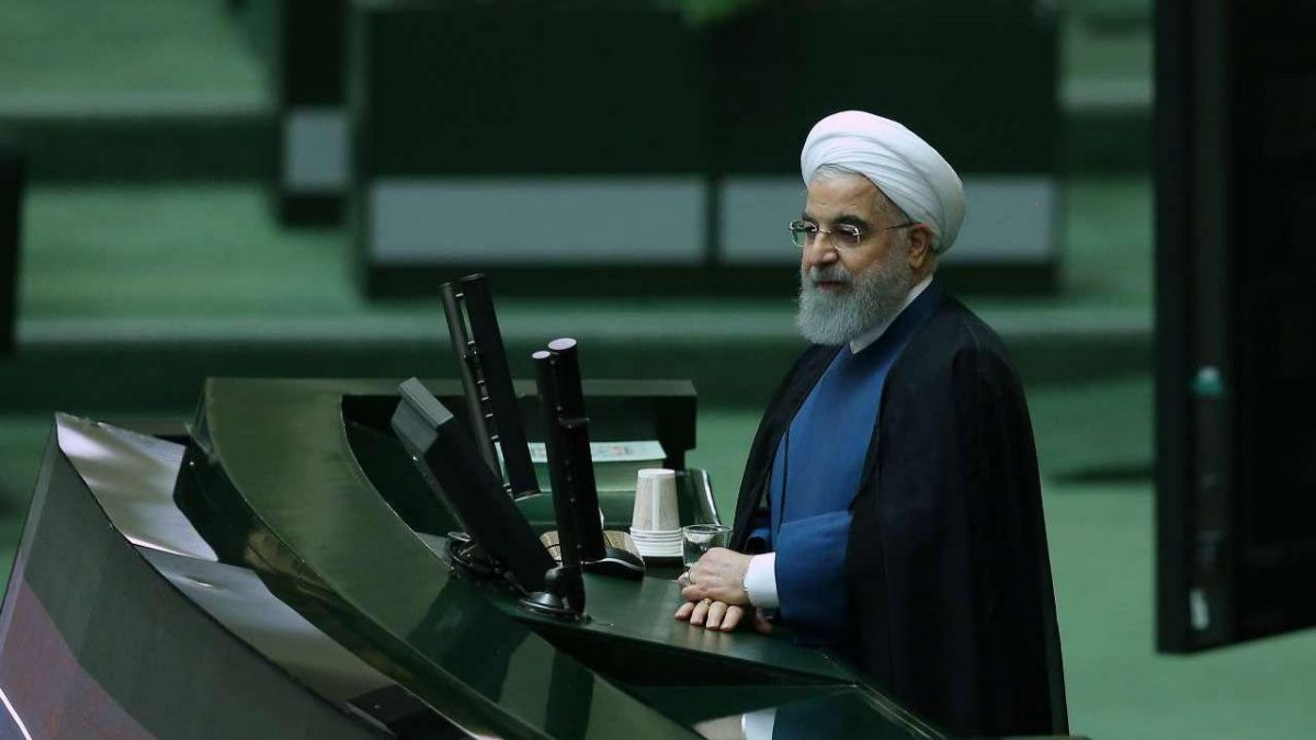روحانی: راه حل مشکلات پیچیده در کشور همه پرسی و رفراندوم است