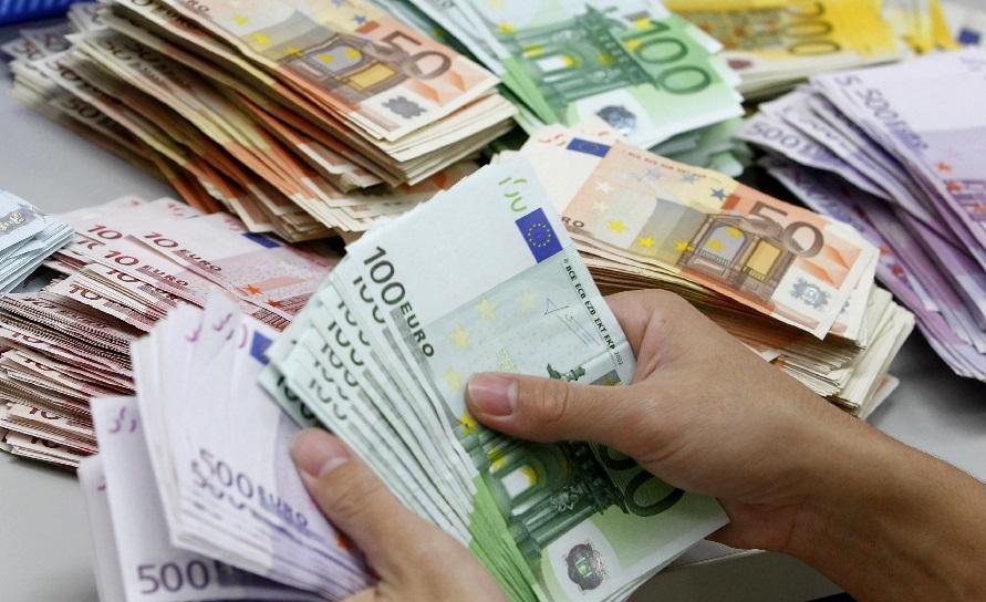 معافیت های گمرکی و مقررات ورود و خروج ارز و کالا از طریق پست