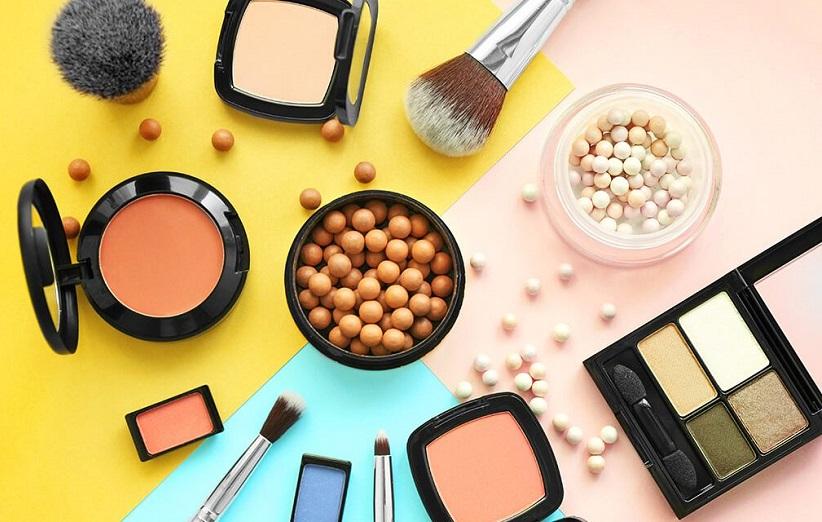 ۱۴ ماده مضر در لوازم آرایش که باید از آنها دوری کنید