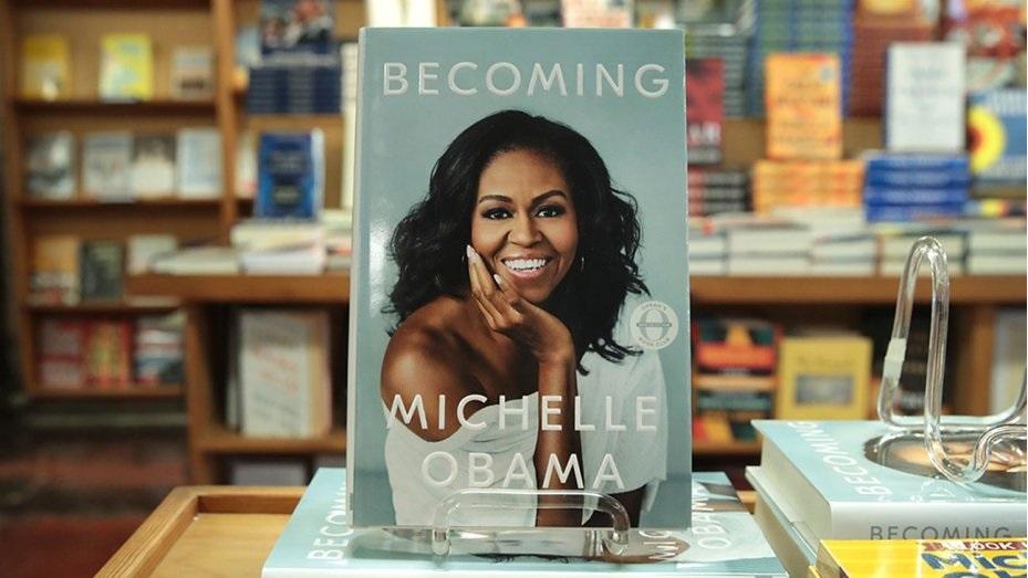 فروش ۴ میلیون کتاب میشل اوباما در امریکا