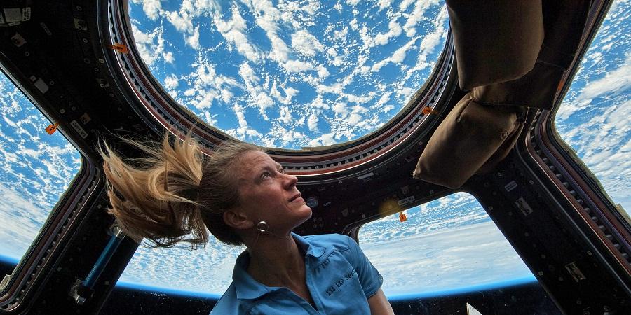 فضانوردان چه کارهایی را نمی توانند در فضا انجام دهند