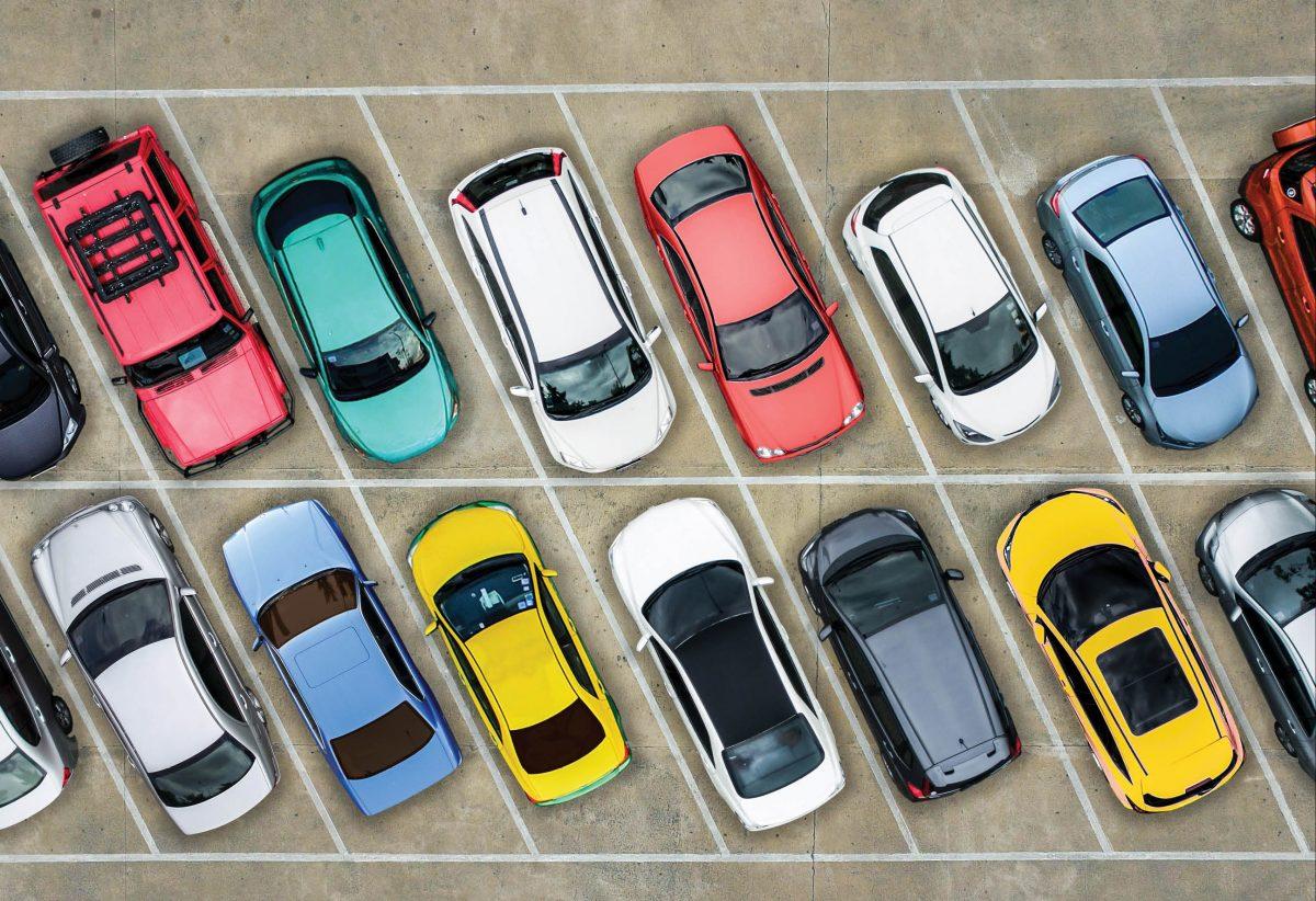روند ریزشی قیمت خودروهای وارداتی در فروردین ماه