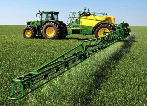تراکتور کشاورزی