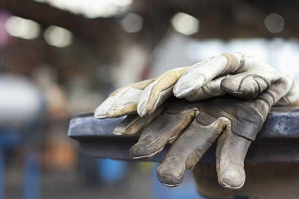 دستمزد کارگر- اضافه کاری