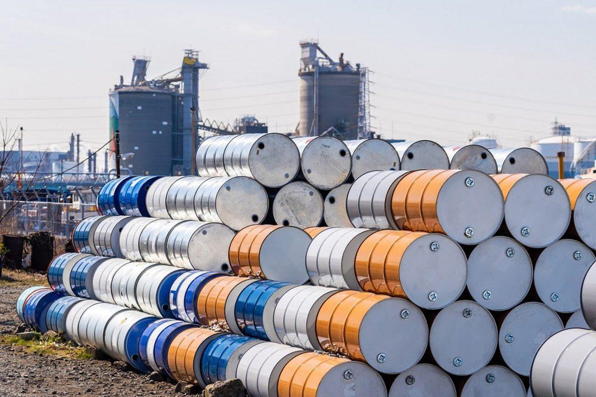 سقوط قیمت نفت در معاملات امروز
