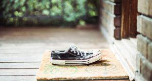 ویروس کرونا و کفش