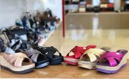 کفش-دمپایی