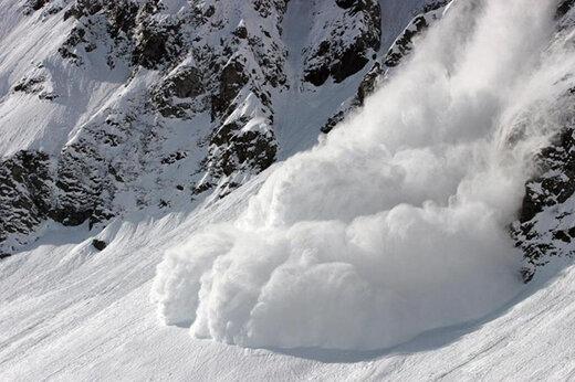 تلفات حادثه کوهنوردی تهران به ۱۲ تن رسید