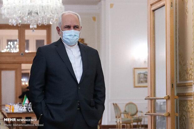 محمد جواد ظریف گفت بیایید ۲۰۲۱ را سال صلح و آرامش کنیم