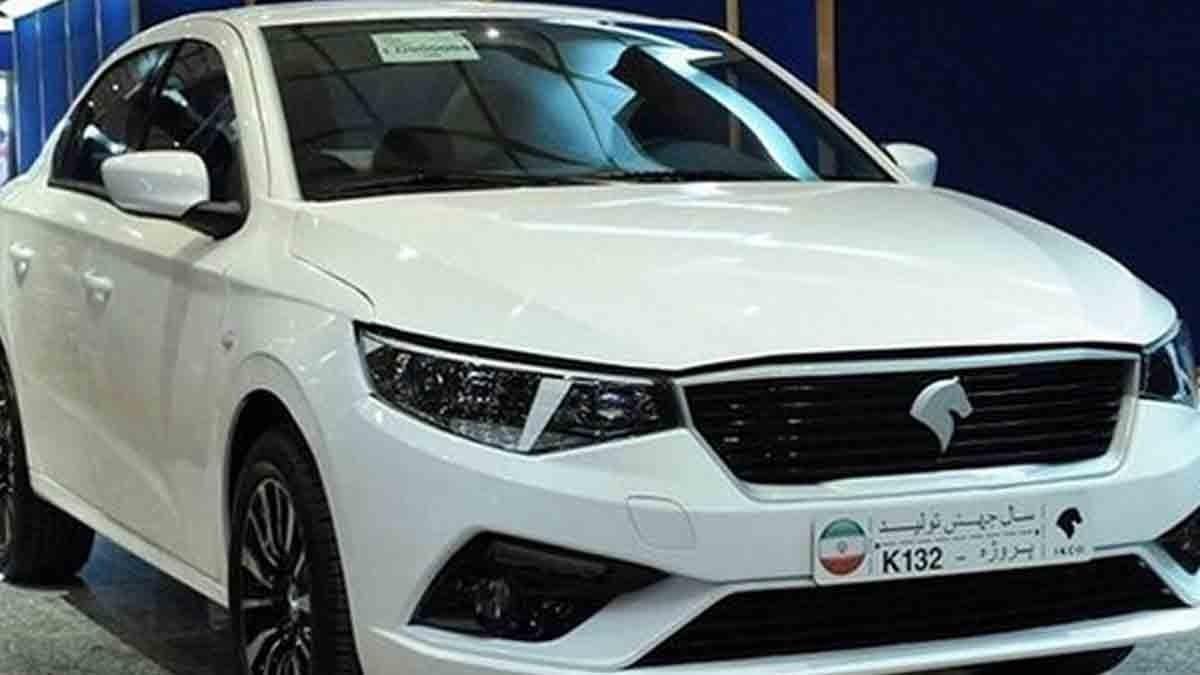 عبور ایران خودرو از رکورد تولید در سال ۹۷