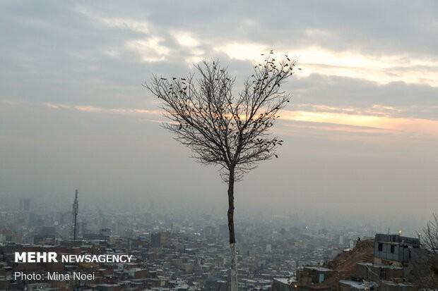 شاخص آلودگی هوای تهران در وضعیت قرمز