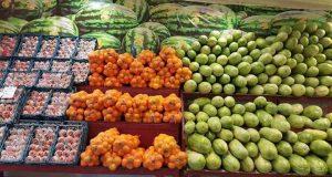 رئیس اتحادیه فروشندگان میوه و سبزی با اشاره به اینکه در گرانی قیمت میوه ها بحثی نیست، گفت: کاهش استقبال مردم از بازار میوه وجود دارد.
