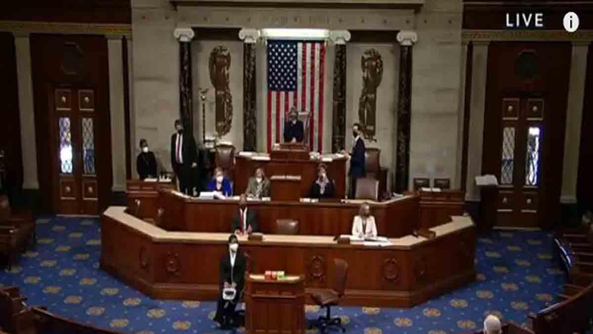 اعضای مجلس نمایندگان آمریکا به طرح استیضاح دونالد ترامپ رئیس جمهور فعلی این کشور رأی مثبت دادند.