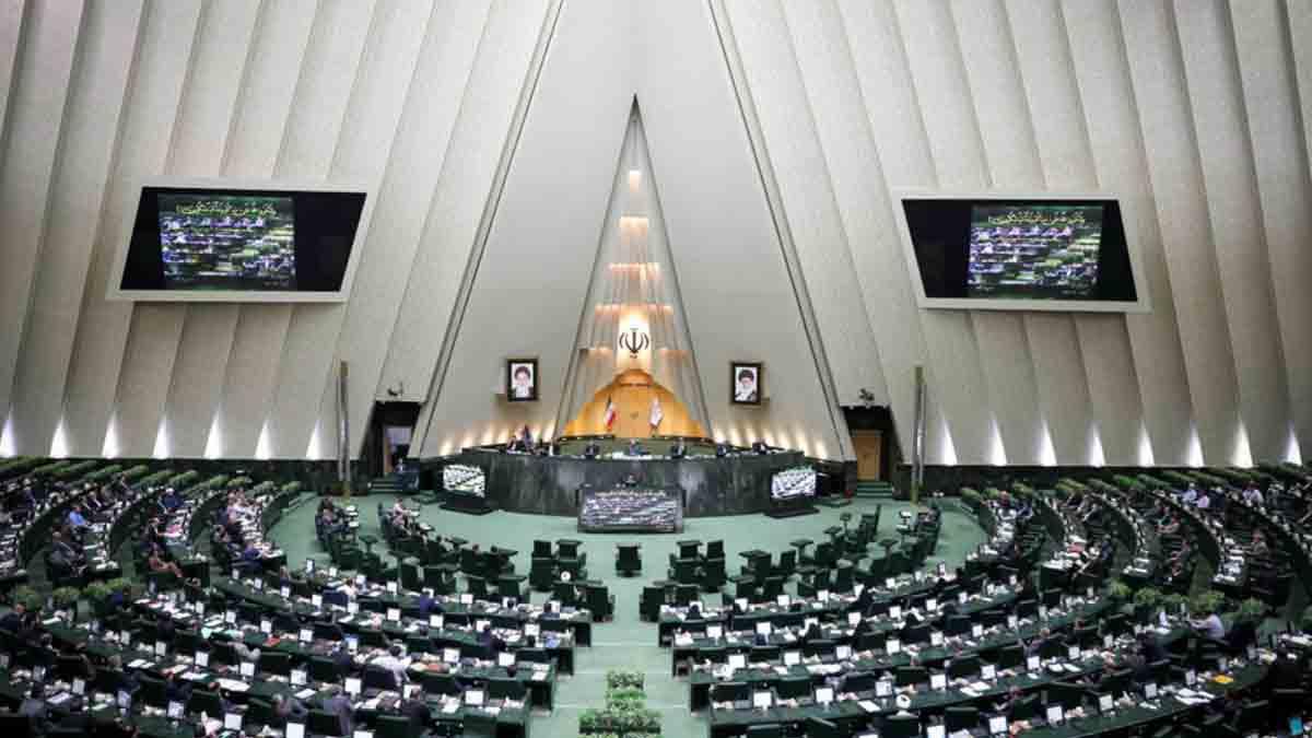 لایحه بودجه سال ۱۴۰۰ برای اجرا به دولت ابلاغ شد