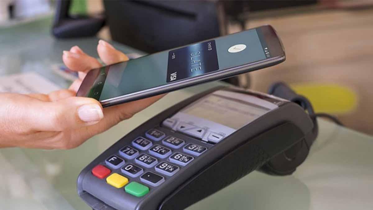 موبایل جایگزین کارت بانکی میشو