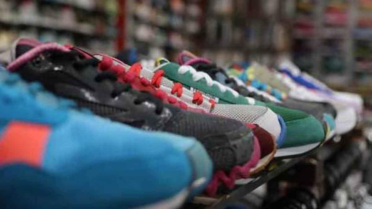 واردات کفش دست دوم از عراق و افغانستان