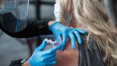 آیا واکسن کرونا بر عادت ماهانه زنان اثر می گذارد؟